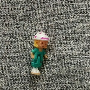 Accessories - Individual Polly Pocket Figure